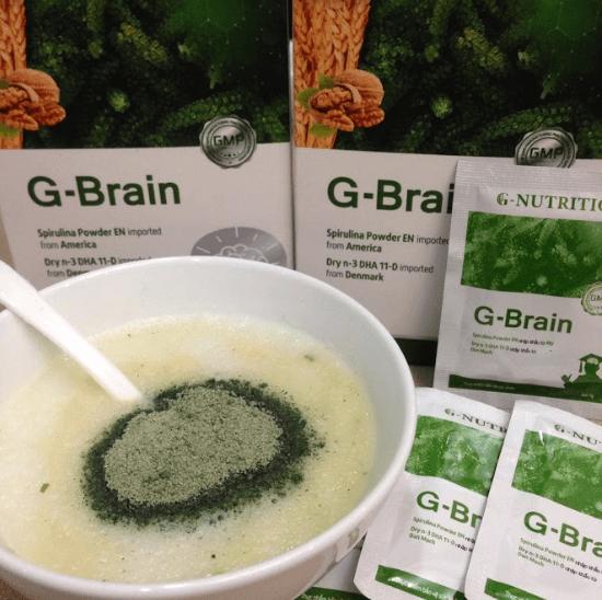 pha bột g-brain với thức ăn cho trẻ